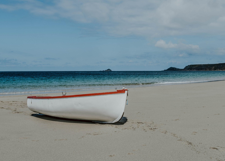 Senna Cove Beach Boat 5